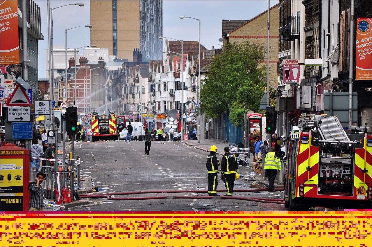 1280px-London_Road_Croydon_riot_damage_2